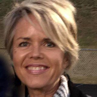 Randine Lewis